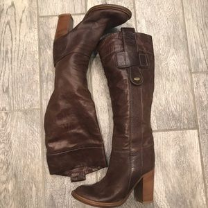 CHLOÉ tall brown leather boots